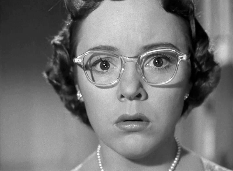 Hitchcock – Girls Who WearGlasses